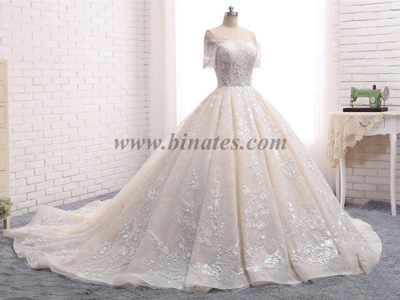 نکات مهمی که در انتخاب لباس عروس باید رعایت کنید